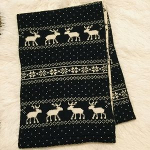 Abercrombie & Fitch Winter Scarf Unisex